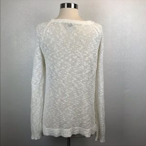 American Eagle Outfitters Sweaters - 4/$25 American Eagle White Sweater